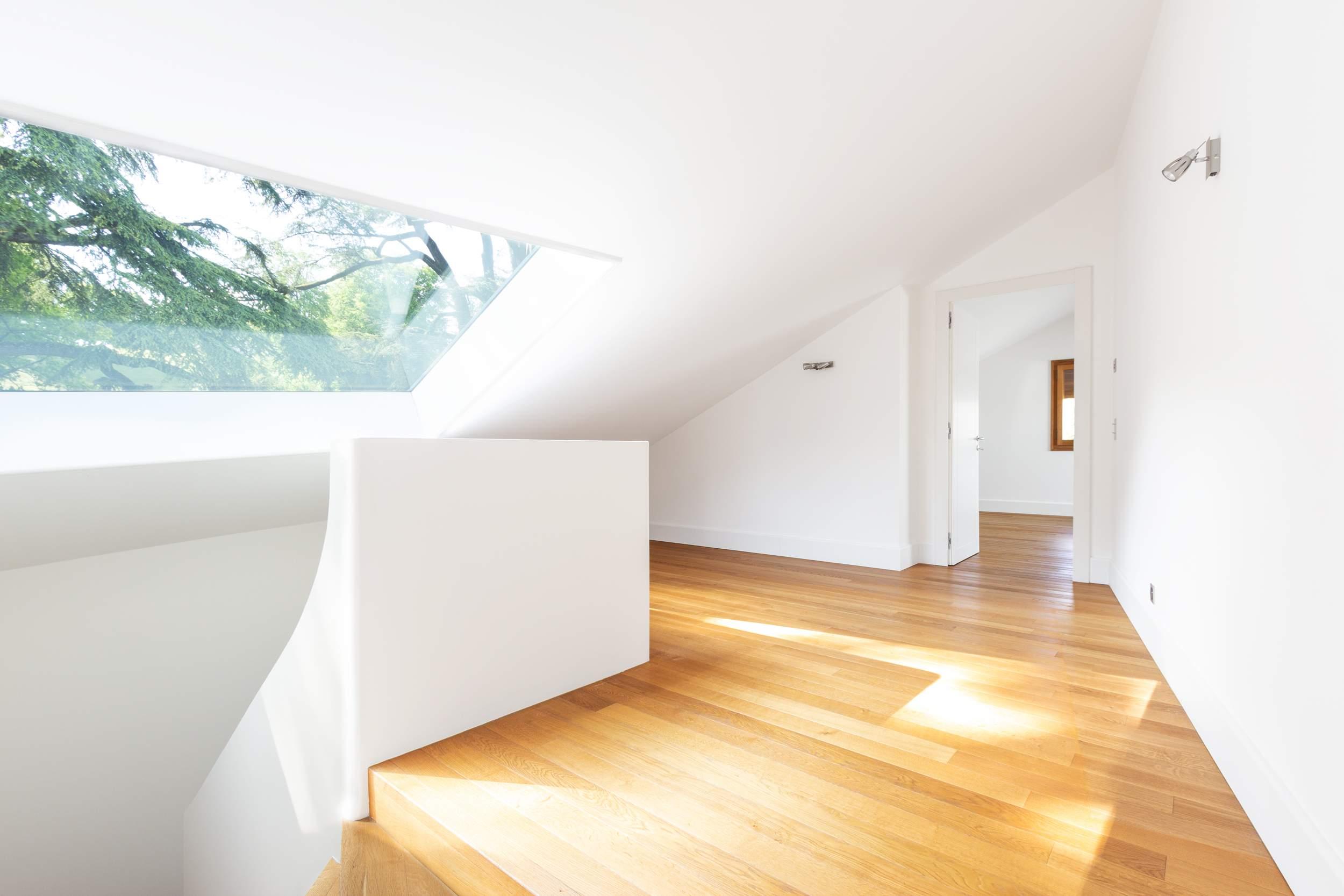 Réalisation rafraîchissement maison escalier parquet